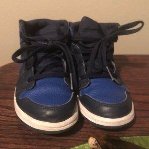 Nike Boys Blue size 10c